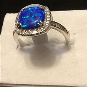 NWT. Size 8. A fire opal with white topaz ring